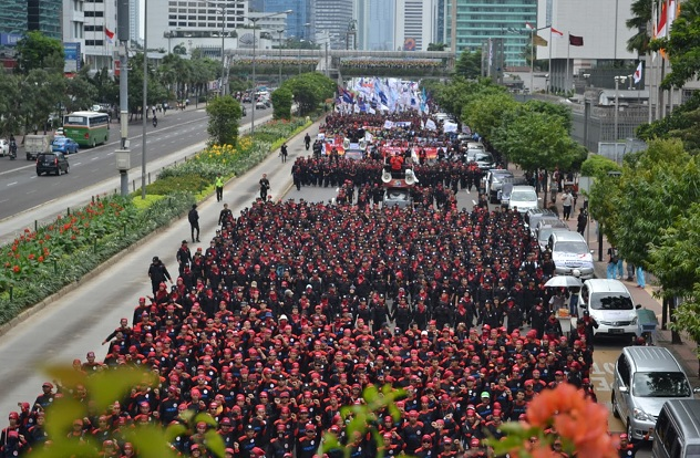Buruh peringati May Day